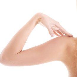 Epilation définitive des bras à La Rochelle | Skin Clinic