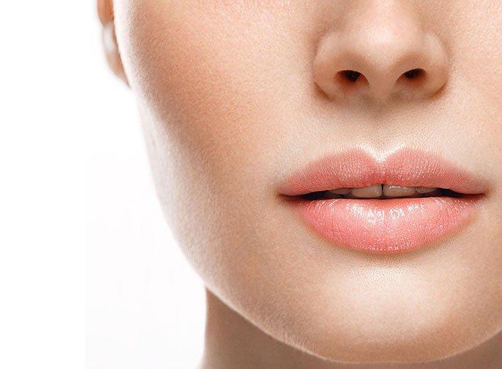 Epilation définitive des lèvres à La Rochelle | Skin Clinic