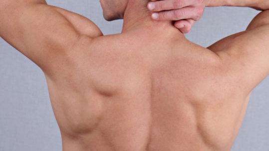 Epilation definitive du dos pour les Hommes à La Rochelle | Skin Clinic