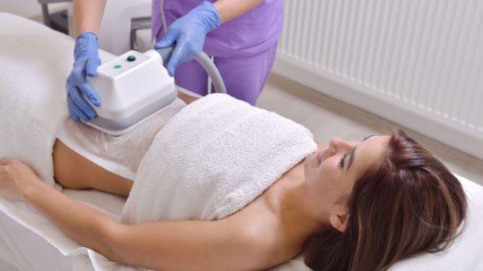 Mincir sans chirurgie avec la cryolipolyse à La Rochelle   Skin Clinic