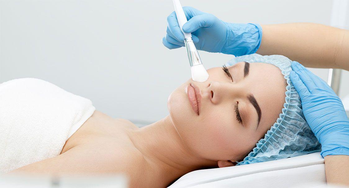 Peeling médical à La Rochelle | Skin Clinic